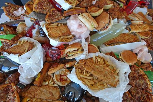 Alimenti ed Angstrom cibo spazzatura