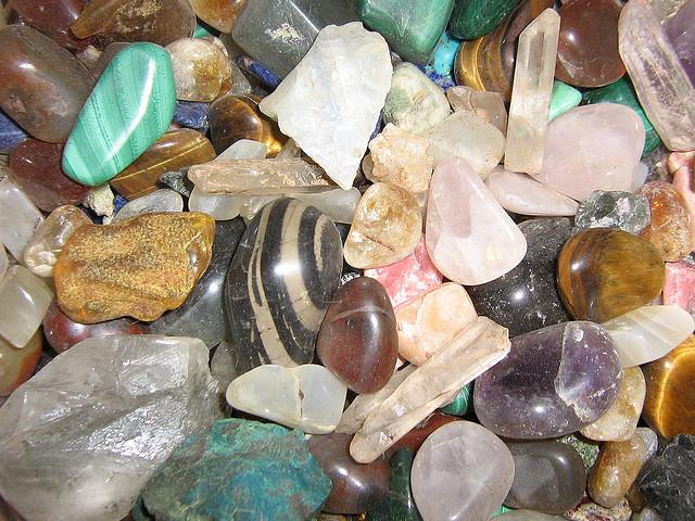 Pietre e minerali: grezze o lavorate?