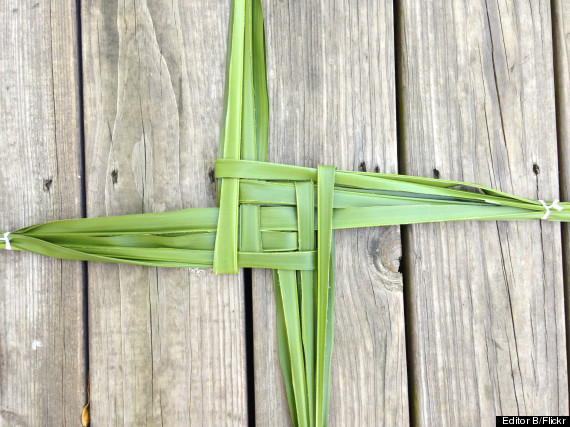 Brigid's Cross Candelora