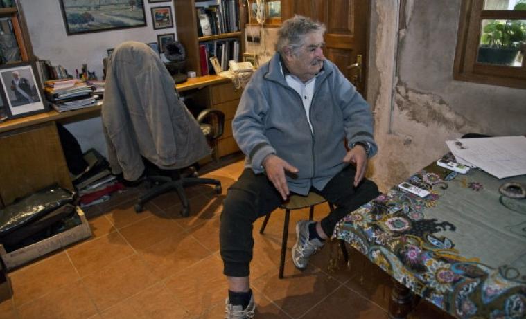 Mujica il presidente povero 001