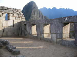 Machu Picchu TEMPIO TRE FINESTRE 300x225