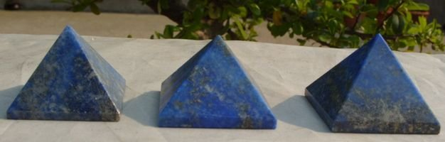 Piramidi E Onde Di Forma 3