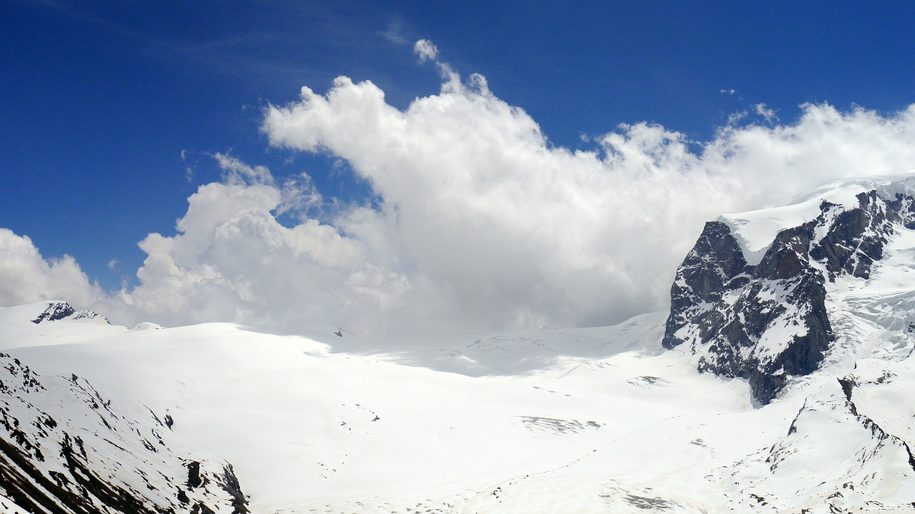 LA REALTÀ POLIGONALE foto montagne