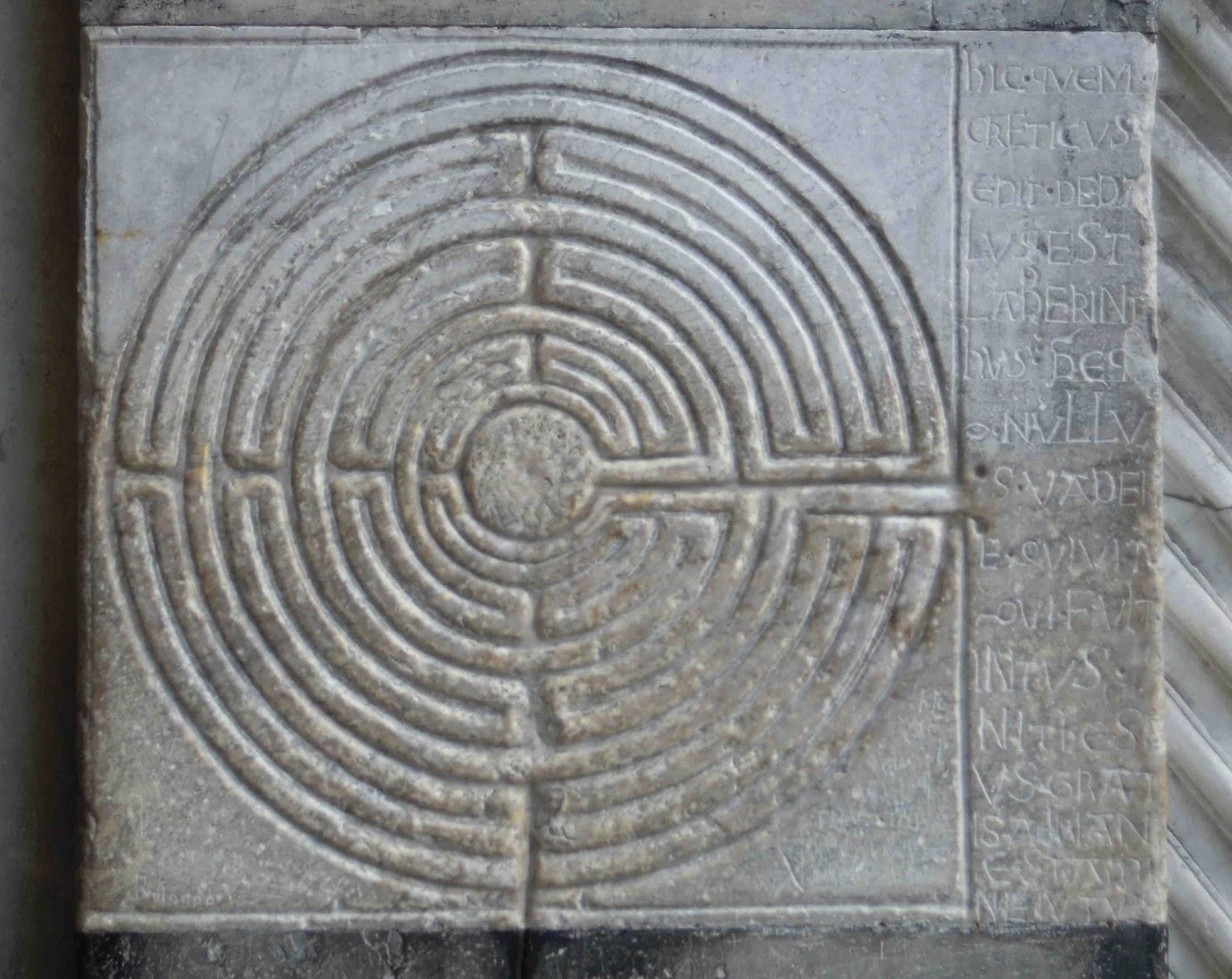cattedrali labirinto duomo lucca