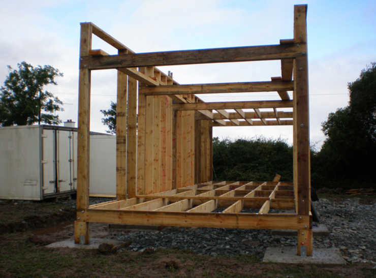 Costruire con soli euro la propria casa eco sostenibile for Creare la propria casa